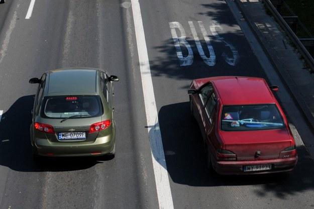 Buspas na moscie Grota /Fot. Adam Stępień /Reporter
