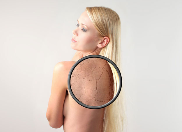By skóra mogła odetchnąć, nie trzeba ryzykować jej przypieczenia /©123RF/PICSEL