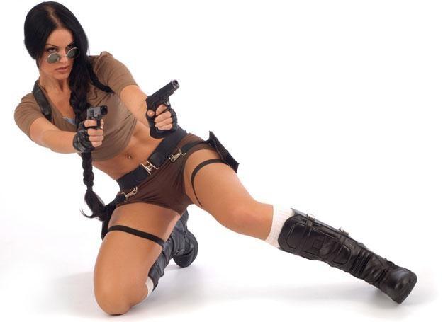 Być jak Lara Croft? Wysoko ustawiona poprzeczka... /© Panthermedia