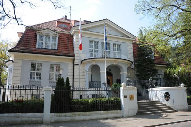 Była siedziba Polskiej Misji Wojskowej w Berlinie przy Lassenstrasse. Obecnie tymczasowa siedziba ambasady /Thomas Liebe /Agencja FORUM