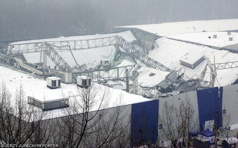 Była to największa katastrofa budowlana w historii Polski /Jurecki/REPORTER /East News