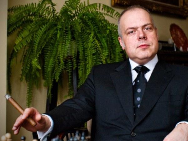 """""""Byłem miłośnikiem kryminałów, teraz raczej wolę czytać mistrzów pióra"""" - mówi Marek Krajewski  /W. Karliński /materiały prasowe"""