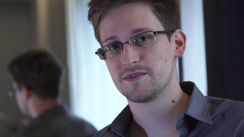 Były pracownik amerykańskich służb wywiadowczych Edward Snowden /PAP/EPA