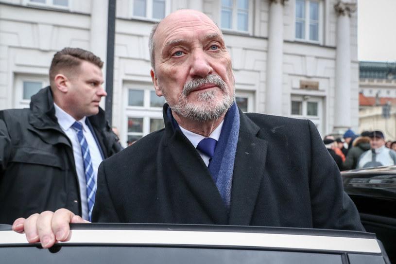 Były szef MON Antoni Macierewicz /fot. Andrzej Iwanczuk /Reporter