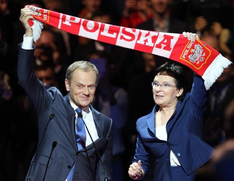 Były szef polskiego rządu Donald Tusk i jego następczyni Ewa Kopacz /STANISLAW KOWALCZUK /East News
