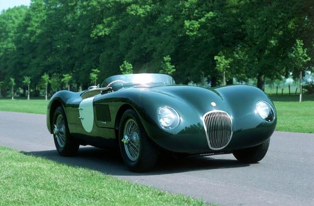 C-Type 2 razy wygrał wyścig 24h Le Mans. Silnik 3.4, moc 160-205 KM, 0-100: ok. 8 s. /Jaguar