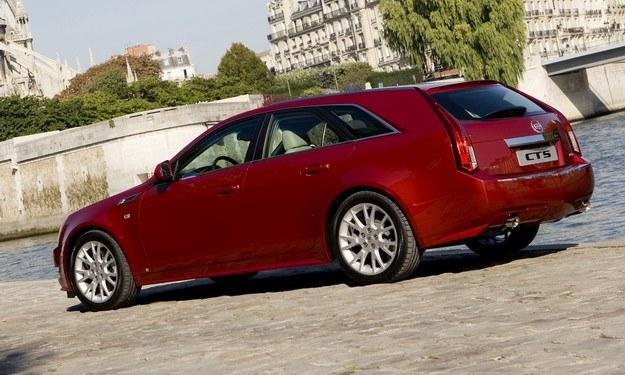 Cadillac CTS sport wagon /