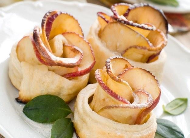 Caisteczka różyczki - pomysł na zjawiskowy deser! /©123RF/PICSEL