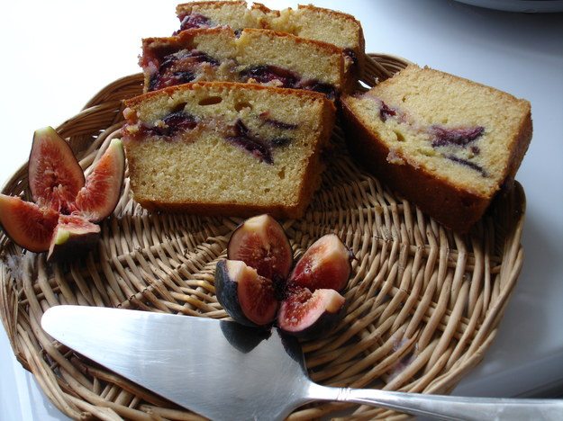 Cake z figami i z miodem