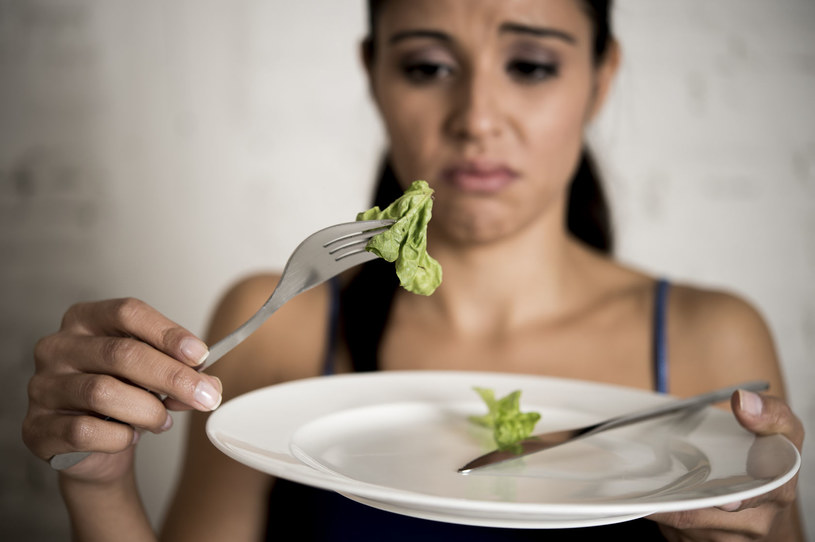 Całkowity brak apetytu? Lepiej się przebadaj! /123RF/PICSEL