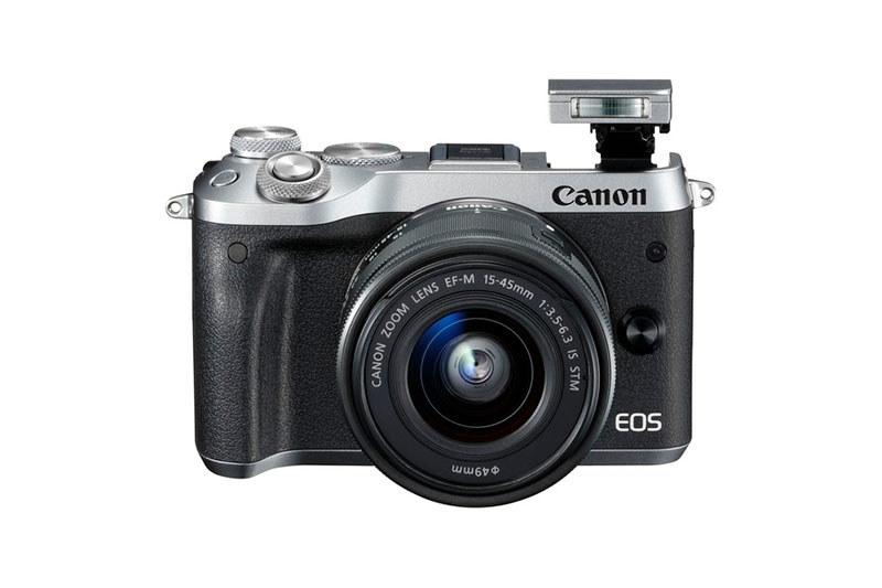 Canon EOS M6 /materiały prasowe