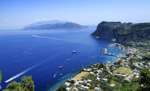 Capri często nazywana jest Wyspą Rozkoszy /123/RF PICSEL