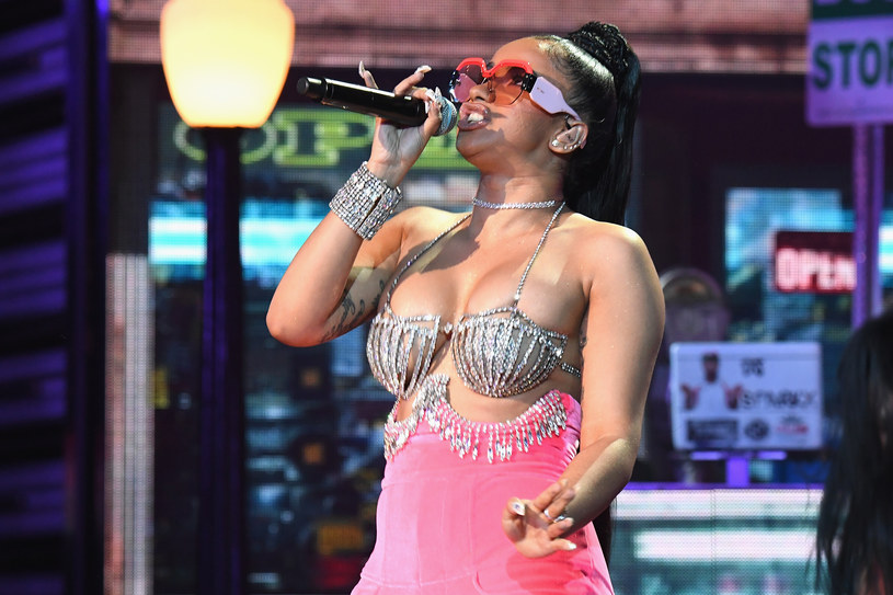 Cardi B na scenie Bet Hip Hop Awards 2017 /Paras Griffin /Getty Images