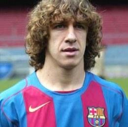 Carles Puyol może nie zagrać z Realem /AFP