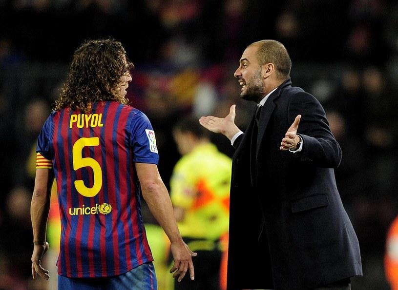 Carlesowi Puyolowi i Pepowi Guardioli nie podobało się zachowanie Thiago Alcantary i Daniego Alvesa /AFP