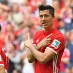 Carlo Ancelotti: Robert Lewandowski zrobił to, co zwykle