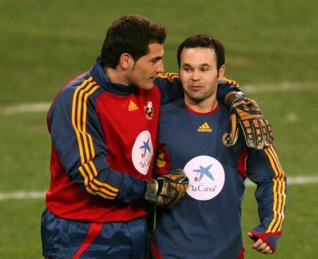 Casillas i Iniesta w pomysłowej reklamie Primera Division