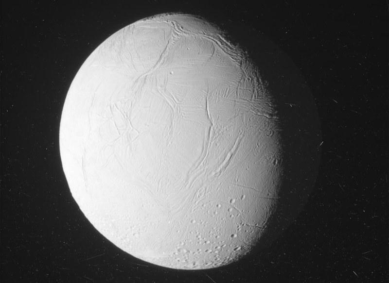 Cassini zbliża się do Enceladusa - 28.10.2015 /NASA