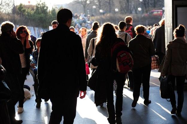 CBOS: 47 proc. badanych źle ocenia rozwój sytuacji w kraju