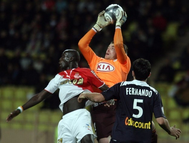 Cedric Carasso interweniuje w meczu Bordeaux z AS Monaco /AFP