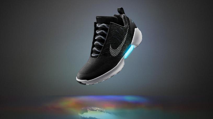 Cena futurystycznych butów na razie nie jest znana /materiały prasowe