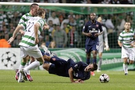 Cesc Fabregas nie zagra w rewanżu z Celtikiem Glasgow. /AFP