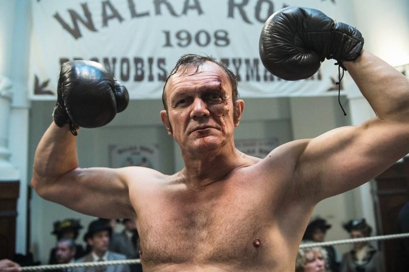 """Cezary Pazura w serialu """"Belle Epoque"""", fot. Mirosław Sosnowski /TVN"""
