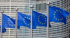 """Chaos w sprawie umowy CETA. """"To doprowadzi do upadku Unii Europejskiej"""""""