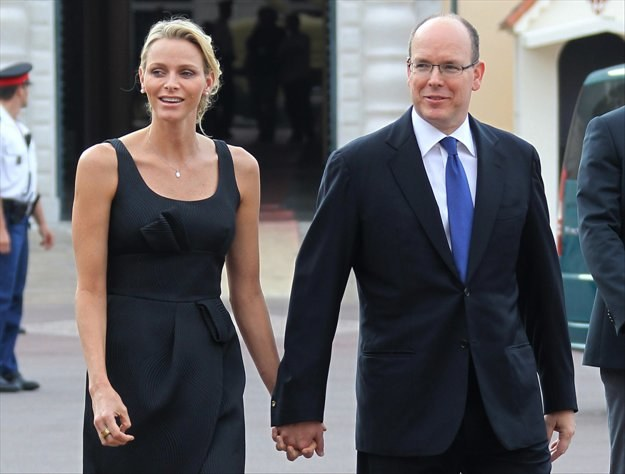 Charlene Wittstock i książę Albert II /AFP