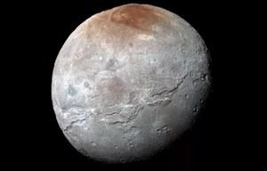 Charon miał potężny podpowierzchniowy ocean