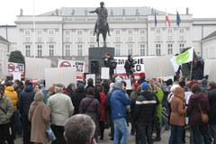 """""""Chcemy zakazu stosowania i rejestrowania w Polsce GMO"""""""