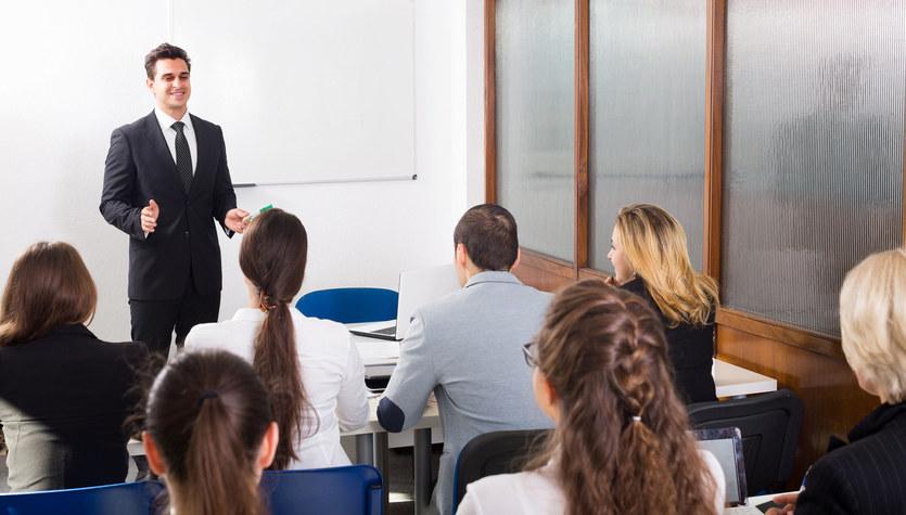 Chcesz awansować, albo rozwinąć firmę? Zainwestuj w szkolenia