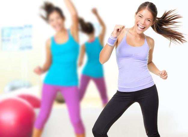 Chcesz być fit? Ćwicz! /123RF/PICSEL