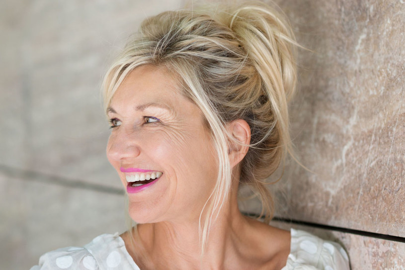 Chcesz dłużej cieszyć się młodością? Korzystaj z nowoczesnych rozwiązań kosmetologicznych /123RF/PICSEL