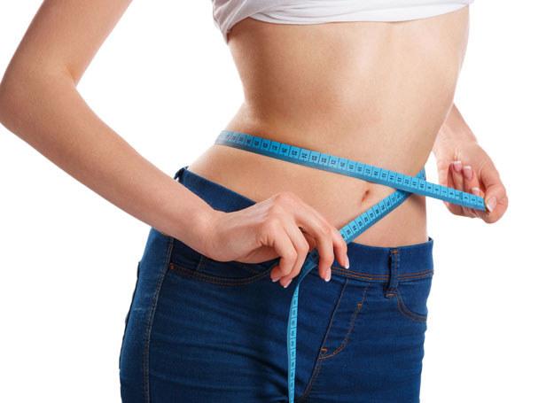 """Chcesz schudnąć? Dowiedz się, jak przyspieszyć działanie twojego wewnętrznego """"pieca"""" /123RF/PICSEL"""