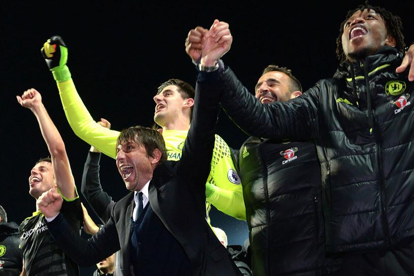 Chelsea świętuje mistrzostwo Anglii /AFP