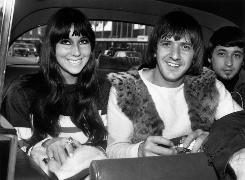 Cher i Sonny Bono w 1965 r. /Dove/Express /Getty Images