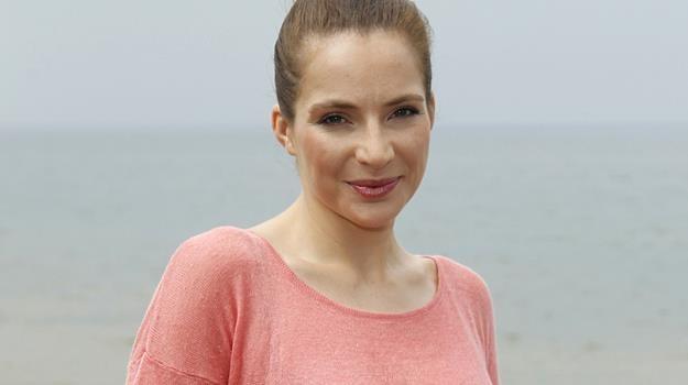 Chętnie odpoczywam w małych miejscowościach - wyznaje aktorka / fot. Engelbrecht /AKPA