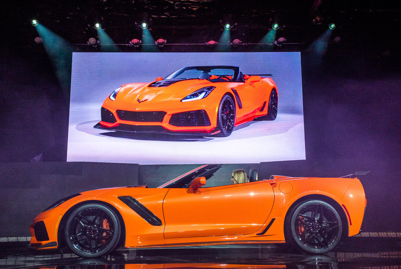 Chevrolet Corvette ZR1 Convertible /