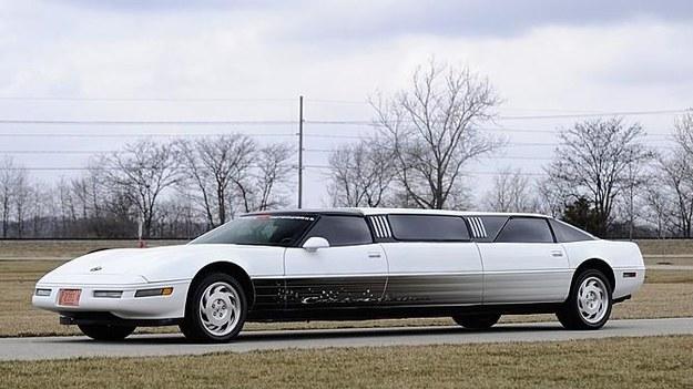 Chevrolet Corvette /
