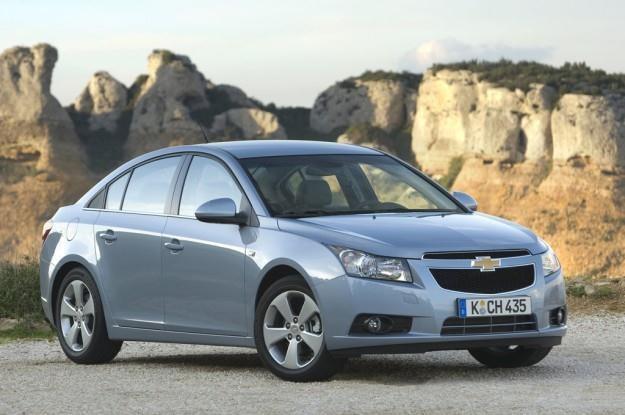 Chevrolet cruze chętnie kupowany jest z czterocylindrowymi silnikami /