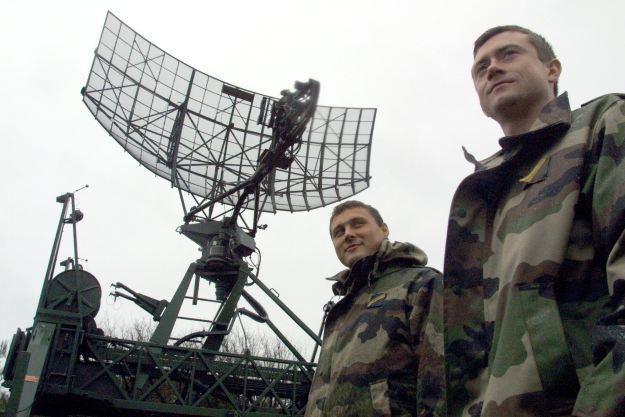 Chiński wynalazek może zostać wykorzystany w przemyśle wojskowym, do oszukiwania radarów /AFP