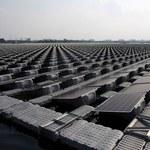 Chiny budują największą na świecie pływającą farmę solarną