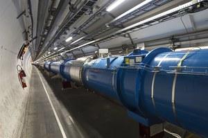 Chiny budują największy akcelerator cząstek na świecie