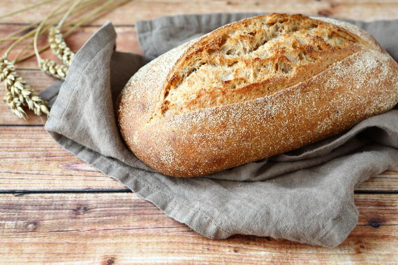 Chleb ziołowy /123RF/PICSEL