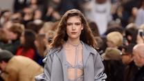 Chłodne pastele królowały na paryskim pokazie domu mody Nina Ricci