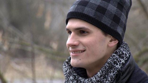 Chłopak Mostowiaczki ma kryminalną przeszłość. /www.mjakmilosc.tvp.pl/