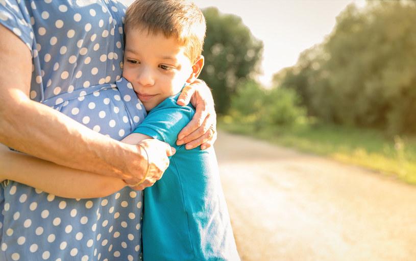 """""""Choć bardzo swojego wnuka kocham, to za nim nie nadążam"""" /©123RF/PICSEL"""