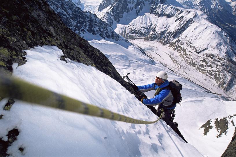 Choroba wysokościowa może utrudnić każdą wspinaczkę /© Glowimages