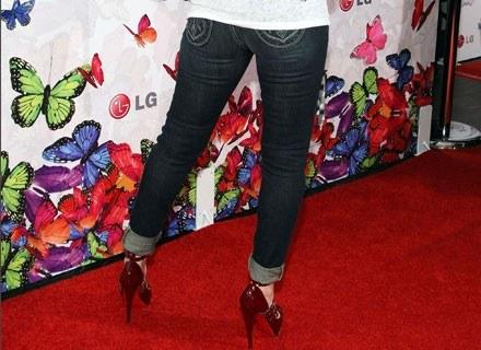 Christaina Aguilera - dżinsy plus czerwone szpilki /Getty Images/Flash Press Media